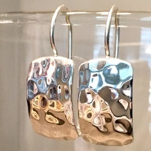 W0991 Silpada Sterling Silver Hammered Earrings